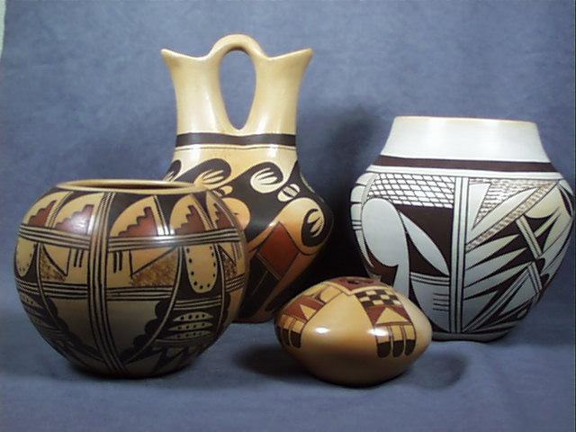 Hopi_pottery_1234xyz