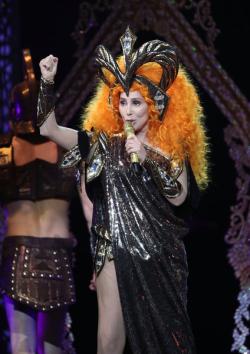 Cher-2019-tour